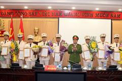 Bộ Công an bổ nhiệm chức danh cho 10 cán bộ công an Hà Nội