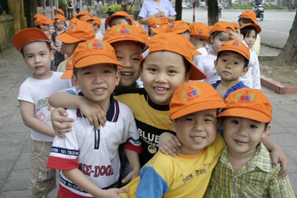 Mất cân bằng giới tính lên mốc mới, người Việt ham con trai số 1 khu vực