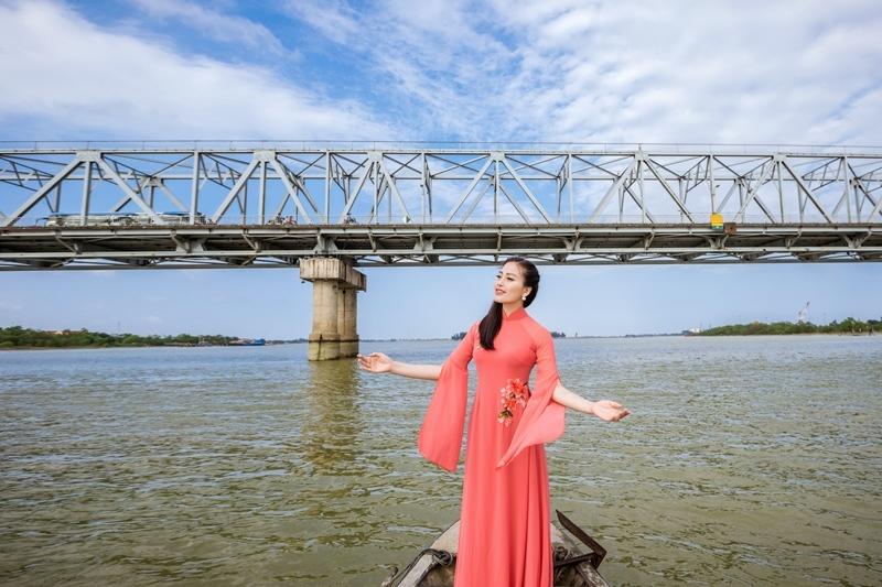 Sao Mai Huyền Trang tung MV viết về Hà Tĩnh trước Tết