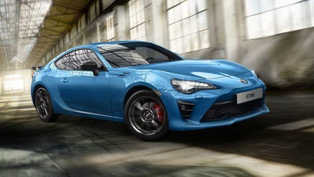 Dù ế ẩm, Subaru và Toyota vẫn tiếp tục làm xe thể thao