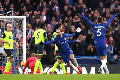 """Higuain nổ cú đúp, Chelsea đại thắng """"5 sao"""""""