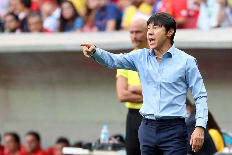 Quyết đấu thầy Park, 'Mourinho châu Á' về dẫn Thái Lan