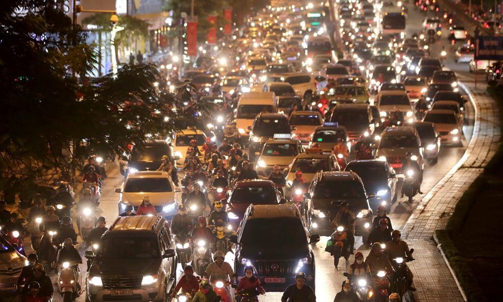 'Lãnh thổ' tách biệt hàng tỷ USD của giới siêu giàu giữa lòng Hà Nội