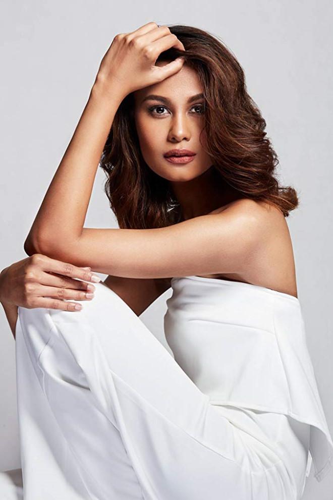 Venus Raj,H'Hen Niê,Hoa hậu Hoàn vũ