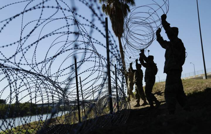 Lầu Năm Góc,khủng hoảng biên giới,Mỹ,Mexico