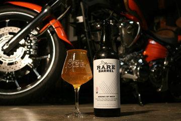 Lối thoát nào cho lái xe máy phải uống rượu ngày Tết?