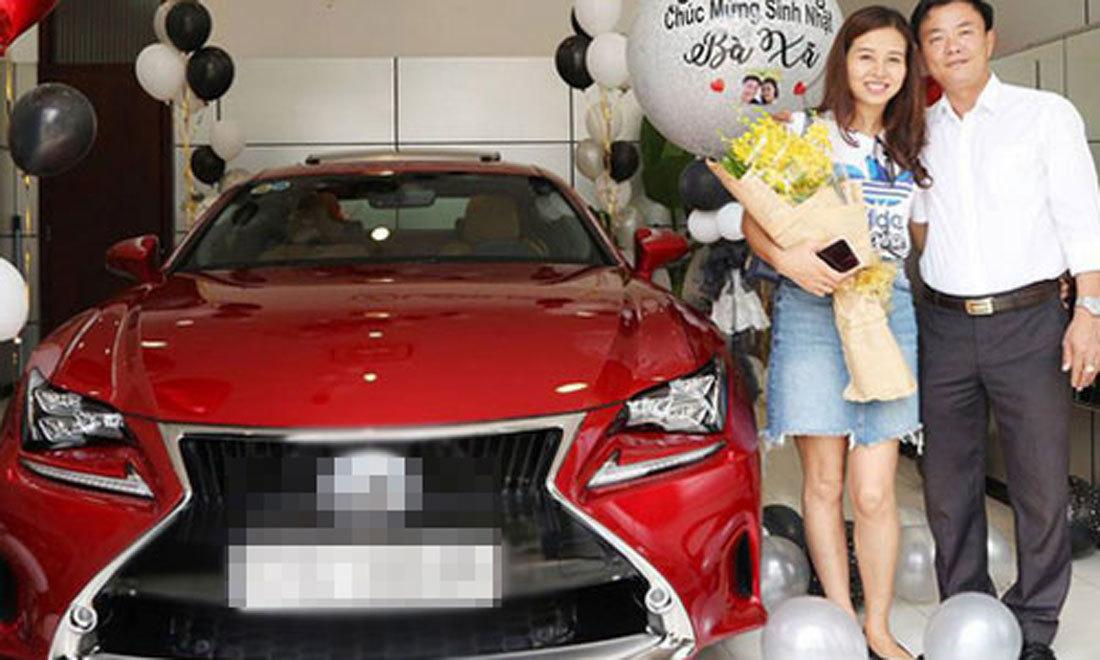 9X người ta yêu nhau, tặng người ấy 1 siêu xe 9 tỷ mừng sinh nhật