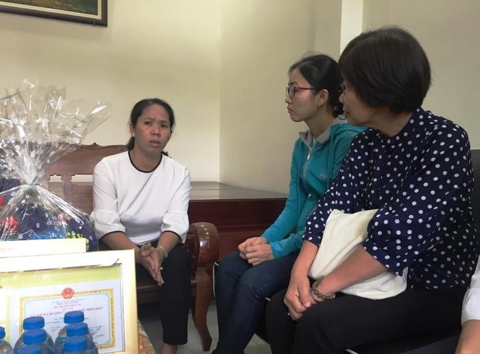 Nữ bác sĩ  trải lòng về nghề đi 'xin' sự sống