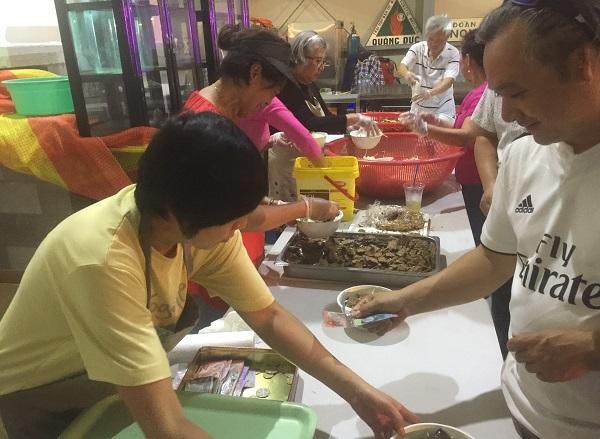 Giao thừa đặc biệt của người Việt xa xứ