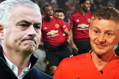 """MU vung tiền thay Lukaku, Solskjaer nói Mourinho """"nhầm chỗ"""""""
