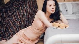 Diễn viên 'Quỳnh búp bê' sexy hết nấc vẫn độc thân