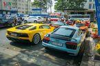 Dàn siêu xe triệu đô cùng nhau xuống phố
