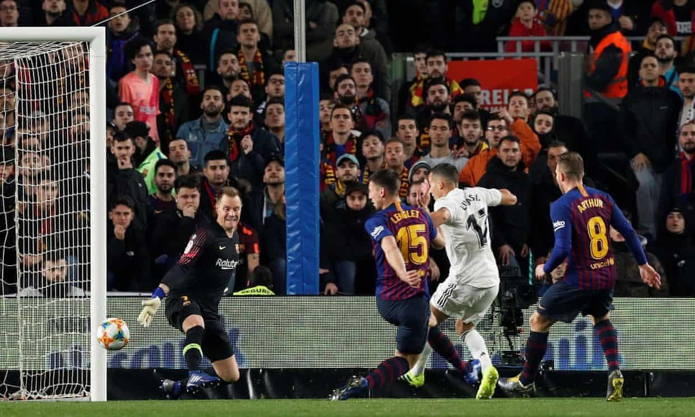 Messi dự bị, Barca hòa Real siêu kịch tính