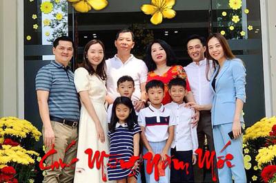 Cường Đô La khoe ảnh mừng năm mới bên Đàm Thu Trang và Su Beo