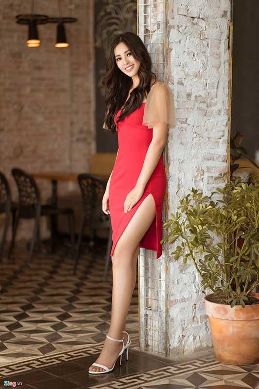 Hoa hậu Tiểu Vy: 'Việt Nam nên có thêm nhiều hoa hậu như H'Hen Niê'