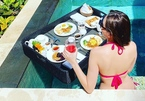 MC Mai Ngọc khoe ảnh mặc bikini sexy bên hồ bơi
