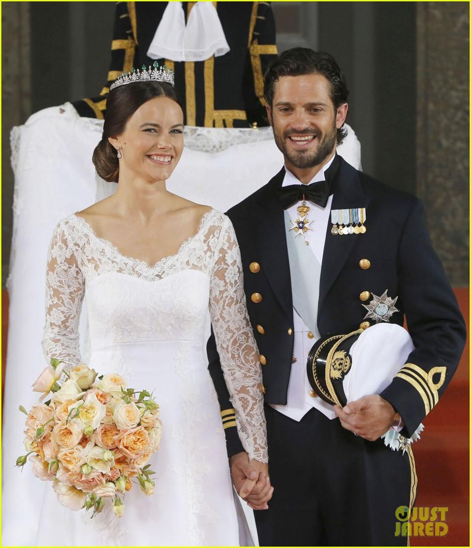 Diễn viên, mẫu nội y đổi đời khi trở thành con dâu Hoàng gia
