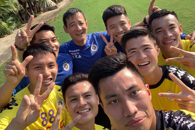 V-League xông đất đầu năm: Quang Hải, Duy Mạnh tập sớm nhất
