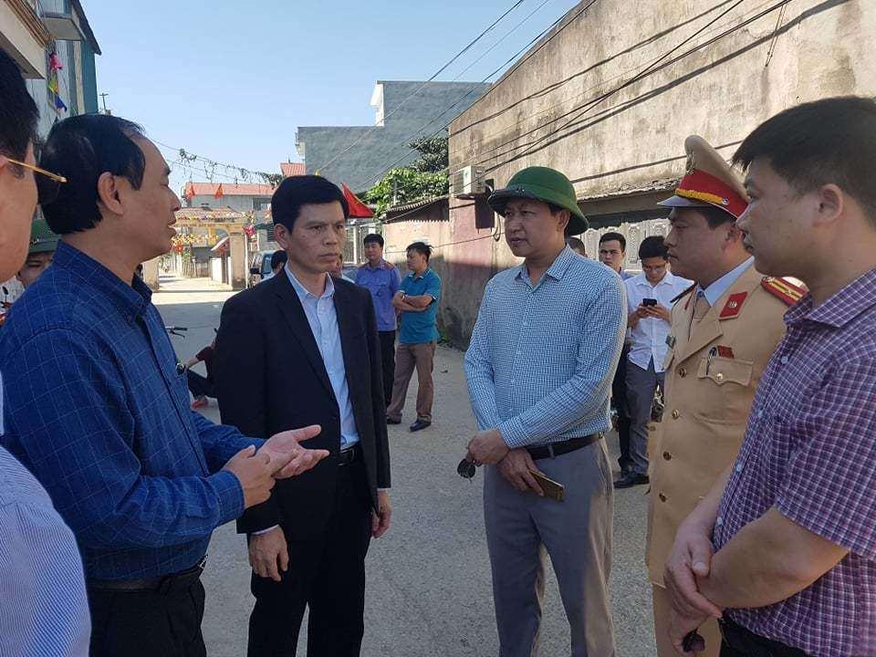 Thứ trưởng Bộ GTVT Lê Đình Thọ trực tiếp chỉ đạo tại hiện trường