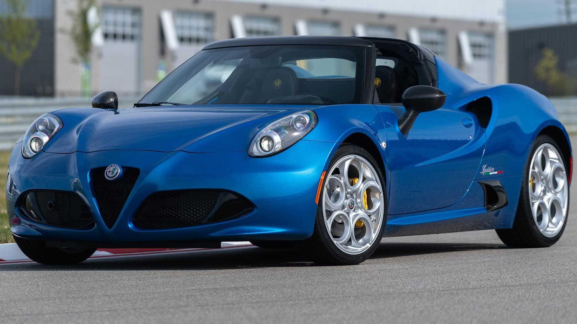Ngắm bản đặc biệt xe Ý Alfa Romeo màu đẹp long lanh