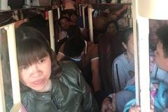 CSGT Thanh Hóa tuýt còi xe khách 40 chỗ nhồi 62 người