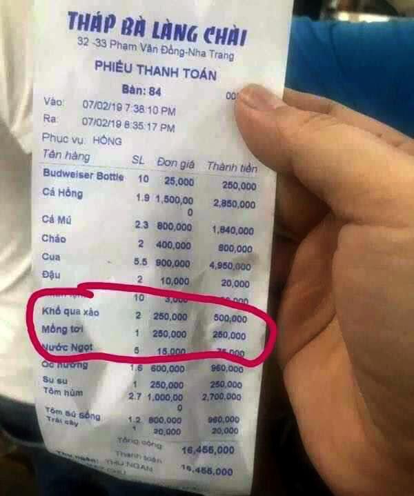 Ăn ở Nha Trang bị 'chặt chém' 250.000 một đĩa mồng tơi