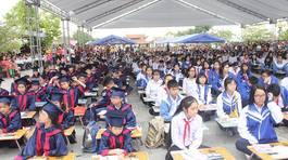 500 học sinh giỏi khai bút đầu năm