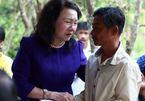 Thứ trưởng Bộ GD-ĐT thăm hỏi gia đình 6 học sinh bị chết đuối