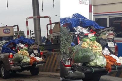 Chuyến xe 'chở cả quê hương' về Thủ đô sau Tết khiến nhiều người bật cười