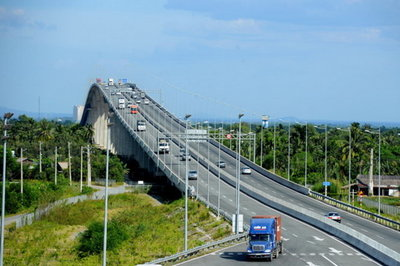 VEC phải thu hồi quyết định 'cấm cửa' vĩnh viễn 2 xe ô tô vào cao tốc
