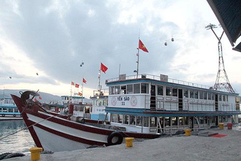 Lực lượng bảo vệ đảo Yến sào Khánh Hòa ra quân đầu năm