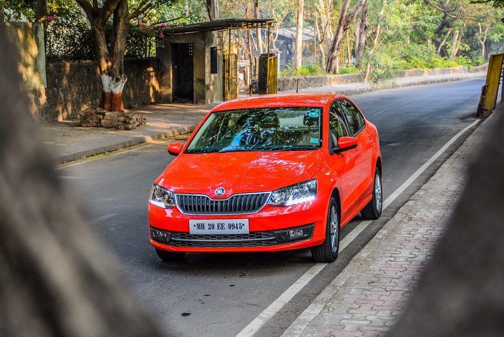 Ô tô dưới 200 triệu, chạy siêu tiết kiệm, khách hàng Việt phát thèm