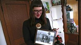 Cô gái trẻ tìm được 15 anh chị em nhờ tinh trùng hiến tặng