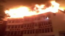 Cháy khách sạn lớn ở New Delhi, 9 người chết