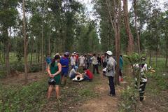Phát hiện thi thể đang phân hủy cùng khẩu súng trong rừng sâu