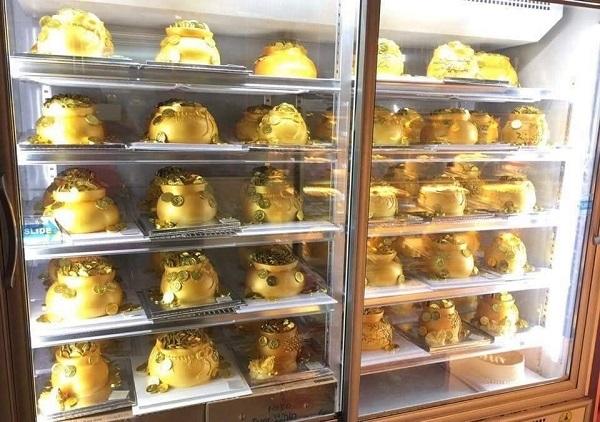Sốt 'hũ vàng' ngày Thần Tài: Chủ lò đóng cửa, từ chối khách