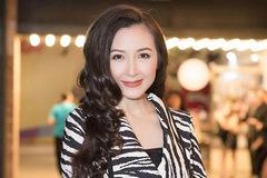 Khánh Huyền: 'Tôi trải qua hai lần đò chắc chắn không phải do số mệnh'