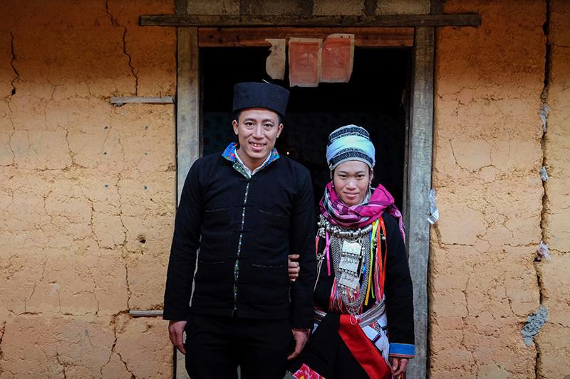 Màn kiểm tra lễ vật suốt 30 phút trong đám cưới đặc biệt ở Hà Giang