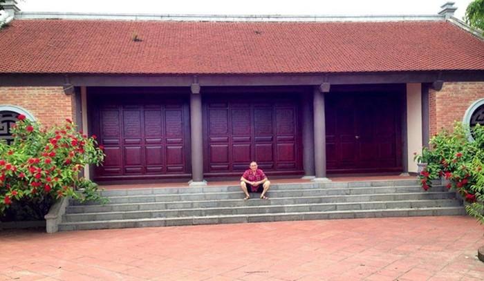 Nhà phố cổ hoành tráng cùng khối tài sản đáng mơ ước của Xuân Hinh