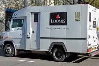 Lái xe chở tiền biến mất bí ẩn cùng 1 triệu Euro