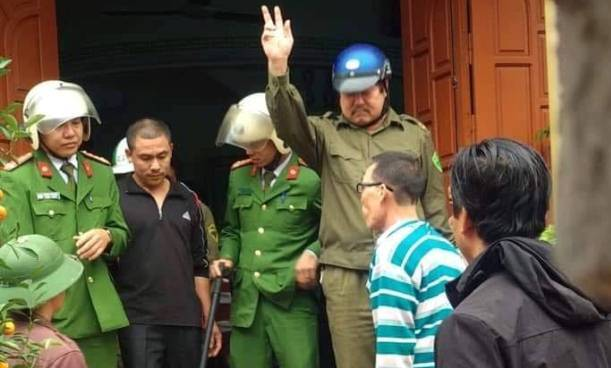 Hưng Yên: Em vợ đâm chết anh rể trong bữa cỗ đầu năm