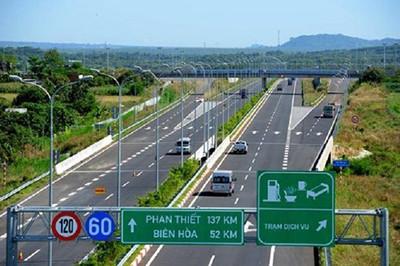 Không chấp thuận đề xuất của VEC E 'cấm cửa' 2 ô tô vào cao tốc