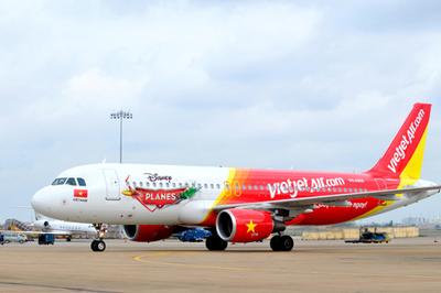 Máy bay Vietjet Air bị hỏng lốp sau khi hạ cánh xuống Tân Sơn Nhất