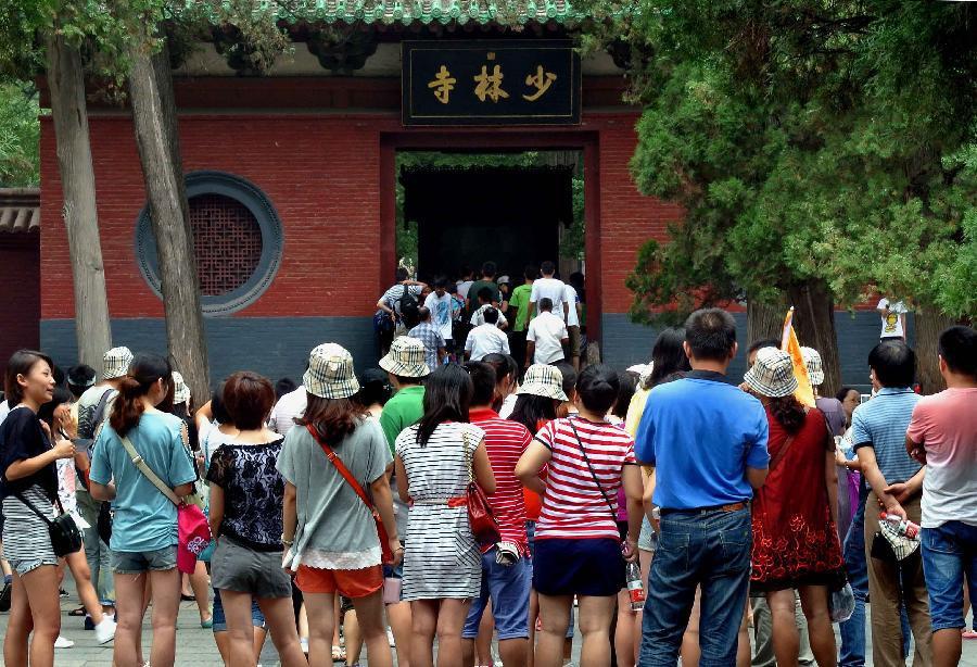 Cuộc đua xây chùa, dựng tượng và đế chế kinh doanh tâm linh ở Trung Quốc