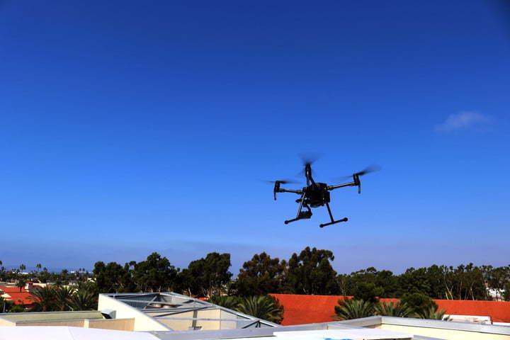 Máy bay không người lái,Drone