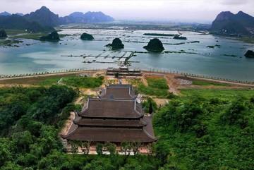 Sự tích huyền bí ngôi chùa lớn nhất thế giới ở Việt Nam