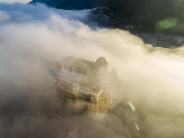 Kiến trúc Pháp trong tuyệt tác nghỉ dưỡng mới của Bill Bensley