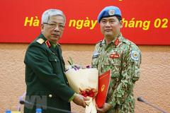 Trao quyết định của Chủ tịch nước cho sĩ quan làm nhiệm vụ tại Nam Sudan