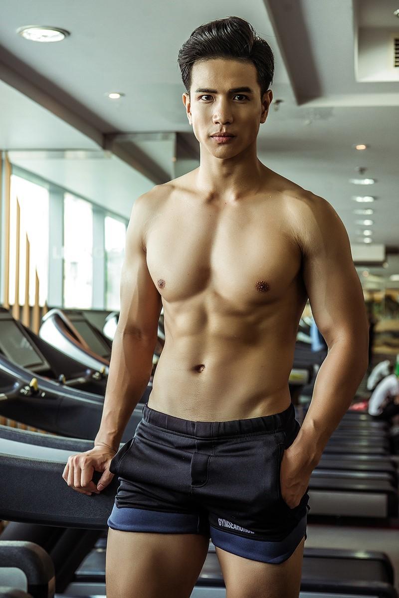 Siêu mẫu Trịnh Bảo dự thi Mr. International 2019
