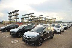 Giấc mơ ô tô Việt xuất khẩu gặp khó vì một cách tính